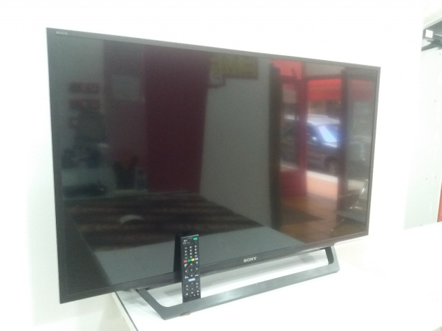 2-2-107720-1-Television SONY KDL-40RD450