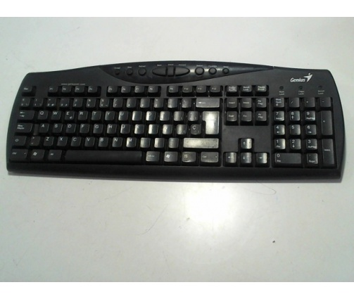 6-6-107848-1-teclado ps2 GENIUS